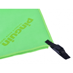 Pinguin Micro Towel 75 x 150 cm Green - detail poutka